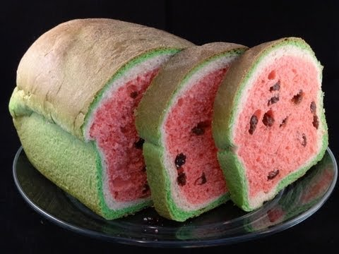 Watermelon Look-Alike Raisin Bread- with yoyomax12