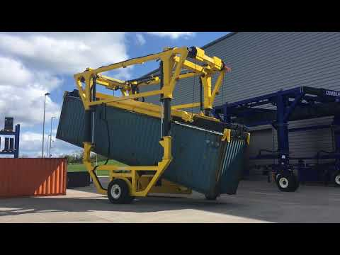 Combilift straddle carrier in action