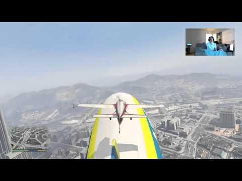 Landing the stunt plane (Mallard) on a Blimp!