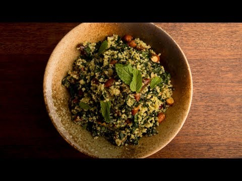 Hearty and Easy Kale and quinoa salad