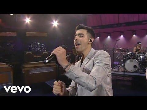 Joe Jonas - Love Slayer (Live on Letterman)