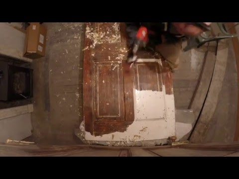 Stripping Paint From An 1820s Georgian Door - Timelapse