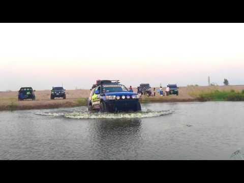 4Runner Cross water   XROAD CAMBODIA