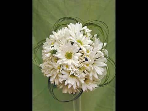 Prom Flowers, Bouquets, Corsages, Wristlets, Boutonnieres & More