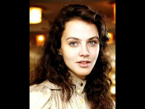 Jessica Brown-Findlay - Anyone Who Knows What Love is (Will Understand)