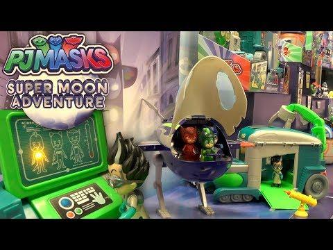 PJ Masks Owlette's Magic Door to Toy Fair (Disney Junior)