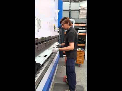 102 how we make door frames from steel sheet.