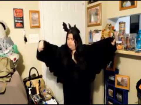Spooktober 2017:  Bat Costume DIY