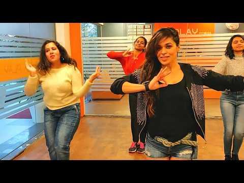 Xxx Mp4 Gali Gali Neha Kakkar Mouni Roy Zumba Dance Fitness 3gp Sex
