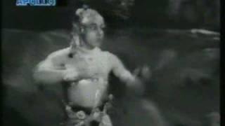 Gopi Krishna & Vyjayanthimala Song/dance