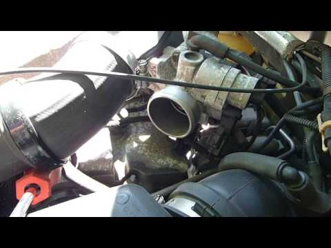 QUICK & EASY [LAZY] Throttle Body Cleaning on PT Cruiser ...