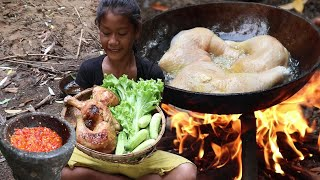 Yummy Cook Chicken thighs with Cucumbers and Salads vs Chili sauce - Survival skills Anywhere Ep 100