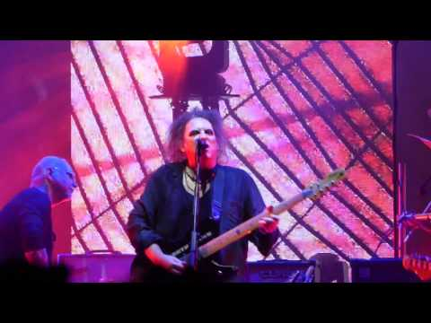 The Cure - Lullaby @ Sportpaleis Antwerpen 2016-11-12