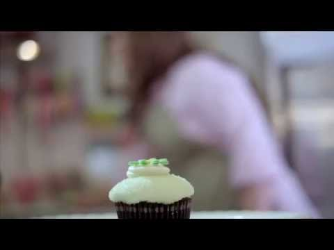 BlackBerry Bold 9900 Campaign - Be Bold: Meet Hailey Kwon, small business owner