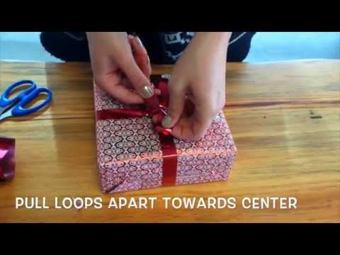 How To Tie The Perfect Christmas Bow