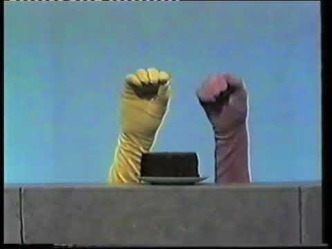 Classic Sesame Street - Hands and Cake (from Iftah Ya Simsim)