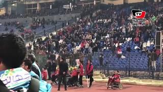 سباب من جمهور الأهلي لحكم المباراة لعدم احتساب ضربة جزاء.. ويهتف: «فضيحة»