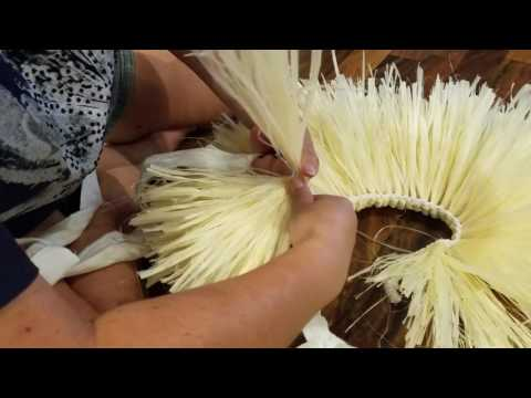 How to make a braided Tahitian hip band with moré
