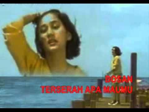 Download Lirik Lagu Nike Ardila Panggung Sandiwara
