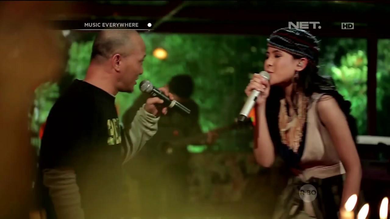 Maudy Ayunda - This Moment (with Iwa K)