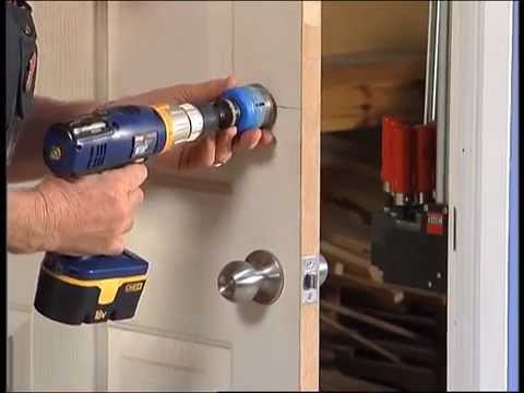 How To Install A Door Lock - DIY At Bunnings
