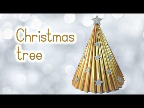 DIY Christmas crafts: CHRISTMAS TREE recycling a magazine - Innova Crafts