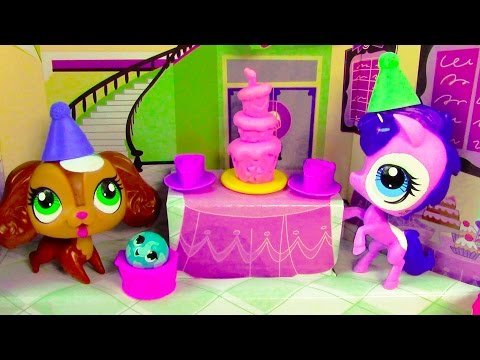LPS Sweet Celebration Birthday Cake Party Playset Littlest Pet Shop Unboxing