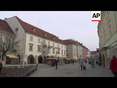 Lack of German costs Turk kebab stand in Austria
