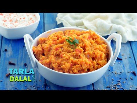 Dal Khichdi by Tarla Dalal