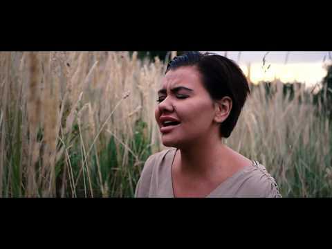 Fie Laursen & Josh Lorenzen - Mirror (Official Music Video)