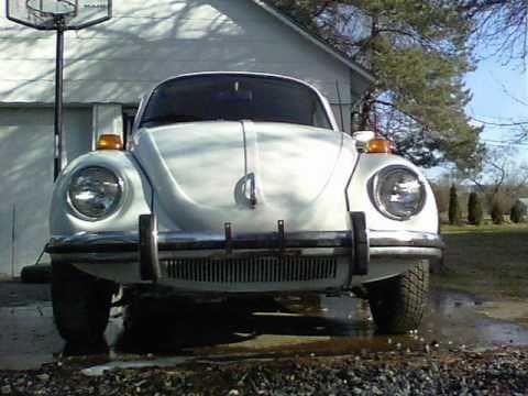 1973 Volkswagen Super Beetle With Sunroof