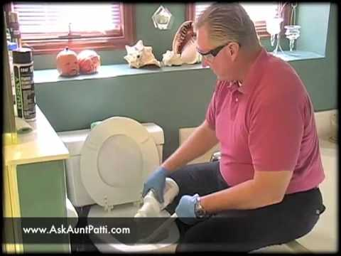 Properly Cleaning the Toilet
