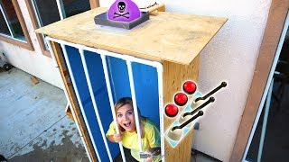 DONT ACTIVATE The WRONG MYSTERY LEVER! (EXTREME Prison ESCAPE Challenge!)
