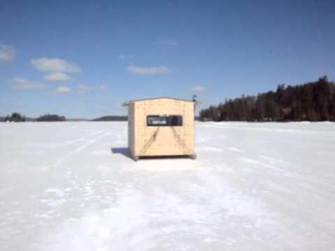 Motorized ice fishing hut sets speed record