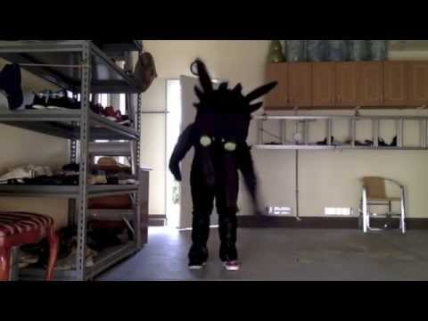 Toothless Dancing (Watch Me)