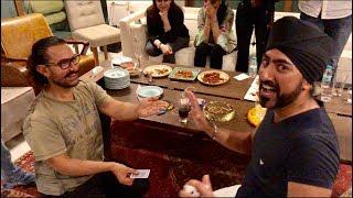 Aamir Khan Plays 2 Card Monte with Magic Singh