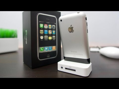 Tech Flashback: Apple iPhone Unboxing & Review
