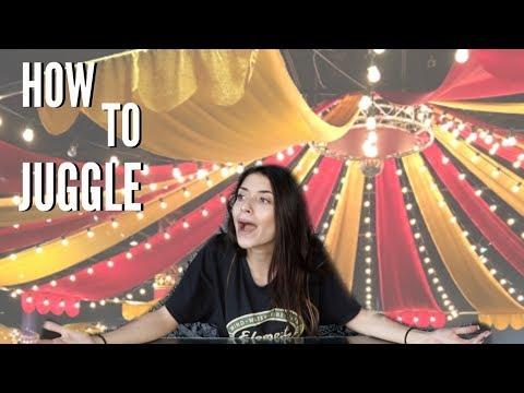 TEACHING MYSELF HOW TO JUGGLE