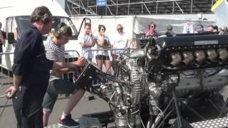 Rolls Royce V12 27litre Merlin engine PV12 FULL THROTTLE!