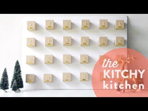 DIY Advent Calendar // The Kitchy Kitchen