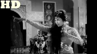 Shama Ka shola Bharak Raha Hai-Mala Begum