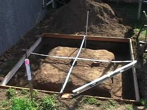 Trev's Clay brick oven- part 1 of 3 - Base