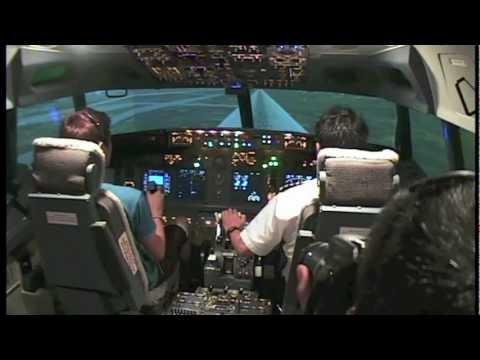 Boeing 737 REAL Flight Simulator Experience - Singapore