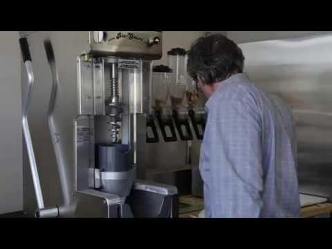 Frozen Yogurt Blender/ NEW BM-1000 !!! - Multi-function (4-1)/ Ice cream blending machine
