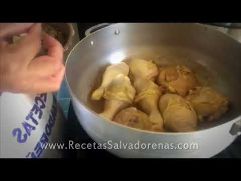 Pollo Guisado Salvadoreño