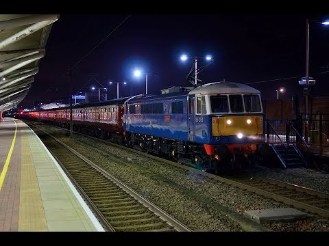 86259 working 1Z32 15:45 Holyhead - London Euston at Rugby. 18/11/17.