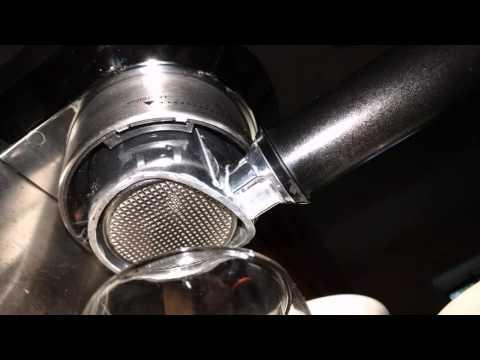 Delonghi Dedica EC680 bottomless portafilter - Delonghi Basket
