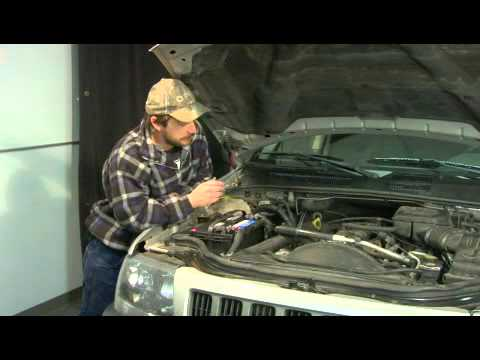 How to Clean Rust Off a Car Engine