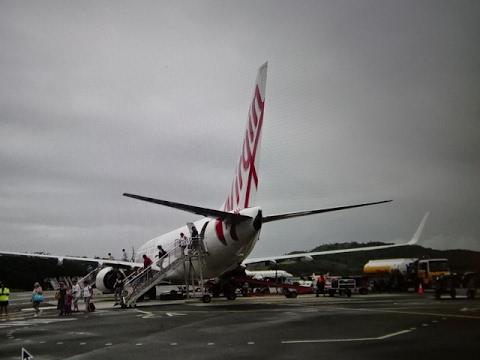 Virgin Australia Boeing 737-800. Sydney to Hamilton Airport Great Barrier Reef, Australia