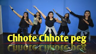 Chhote Chhote Peg Dance cover | Yo Yo Honey Singh | dance floor studio  | Sonu Ke Titu Ki Sweety